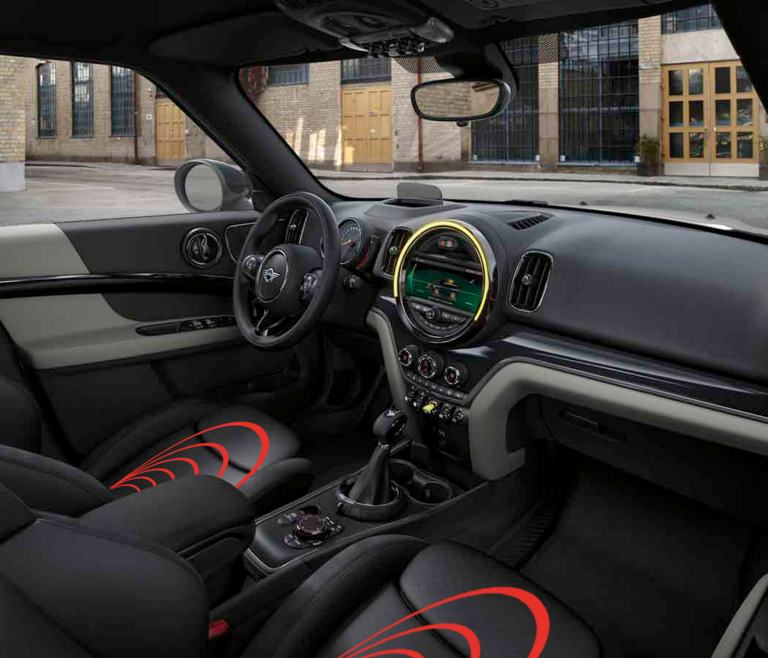 MINI Countryman S E ALL4 - belülről